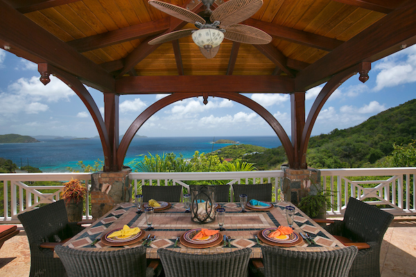 Great outdoor dining!